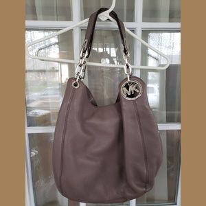 Michael Kors Fultron purse/handbag